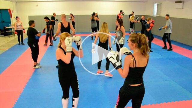Les filles cultivent forme et endurance en boxant